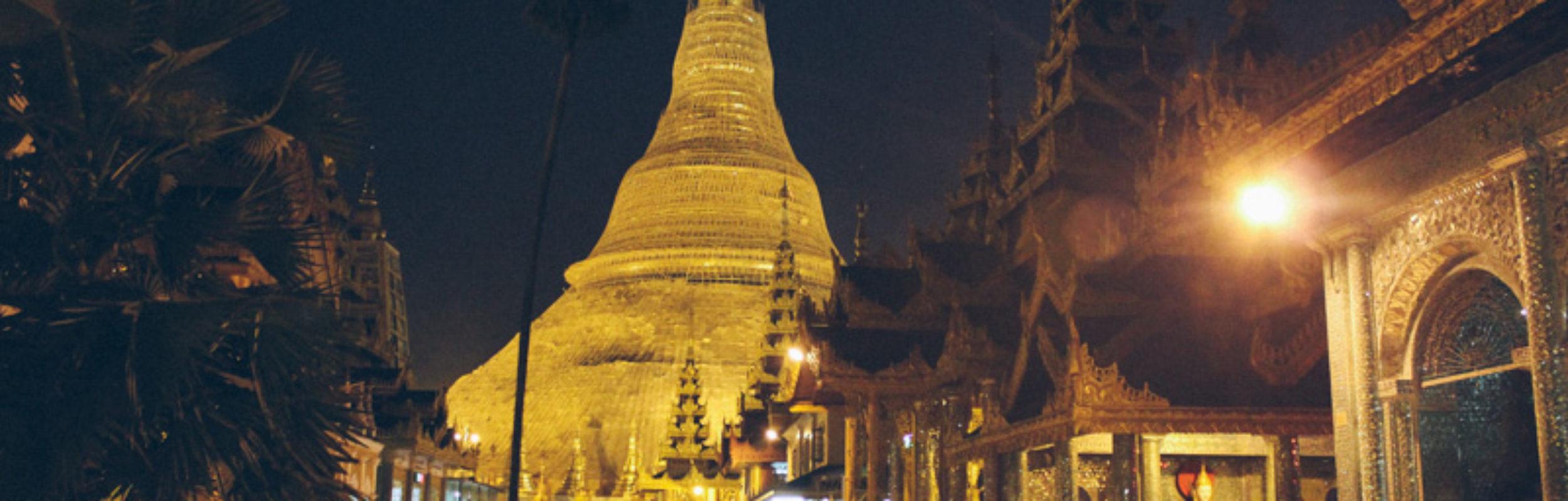 Birmanie : l'extraordinaire pagode Shwedagon de Rangoon